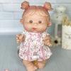 Ванильный пупс Nines d'Onil девочка с язычком
