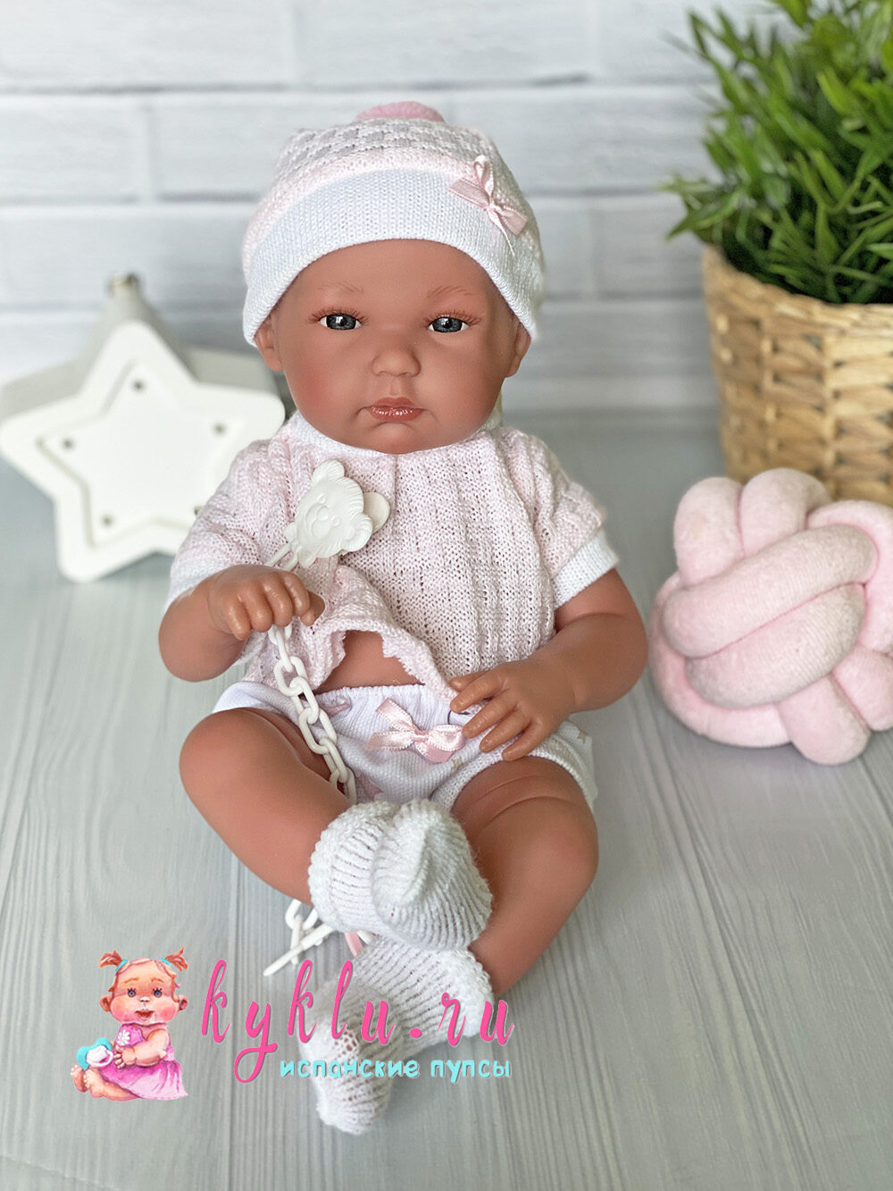 Кукла Bimba в розовом костюме