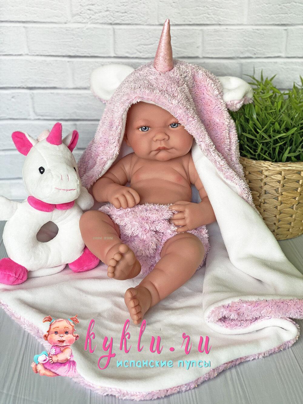 Кукла в костюме единорога от Antonio Juan