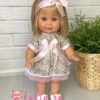 Кукла Бетти в бежевом платье