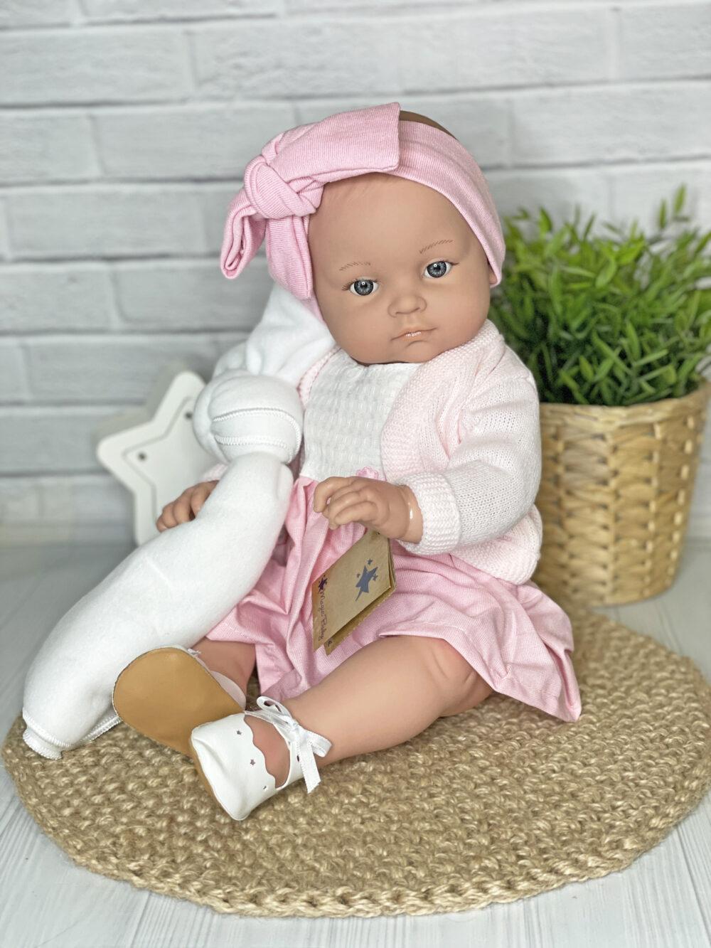 Кукла Алисия в розовом костюме